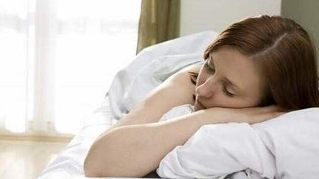 横向き寝やうつ伏せ寝
